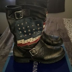 Whote Mountain Womens Distressed Moto Boots